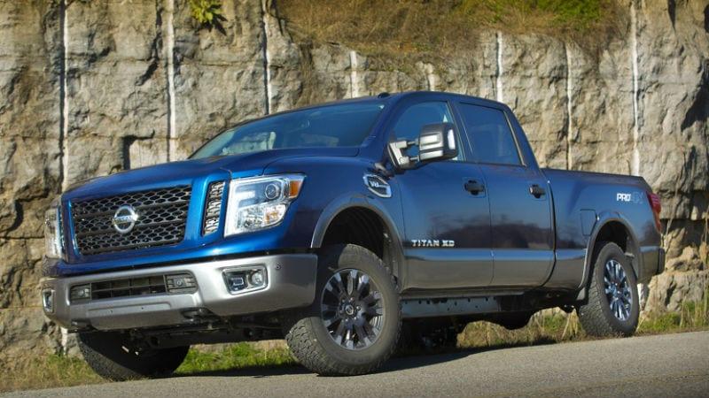 Nissan Titan și Titan XD vor fi disponibile cu un nou V8 de 5.6 litri