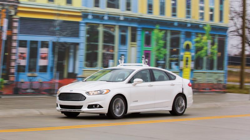 Ford Fusion Hybrid în versiunea autonomă începe teste în Mcity