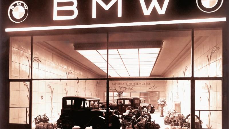 BMW a împlinit 100 de ani. Echipa EcoWheels îți urează La mulți ani!