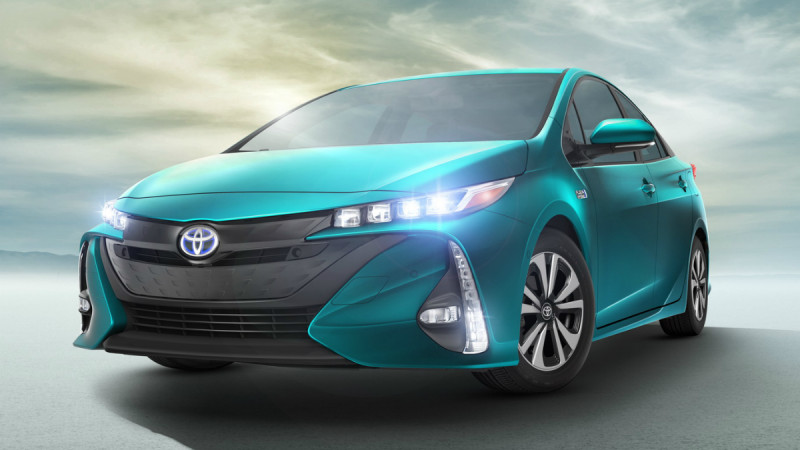 Toyota Prius Prime, versiunea plug-in a hibridei japoneze