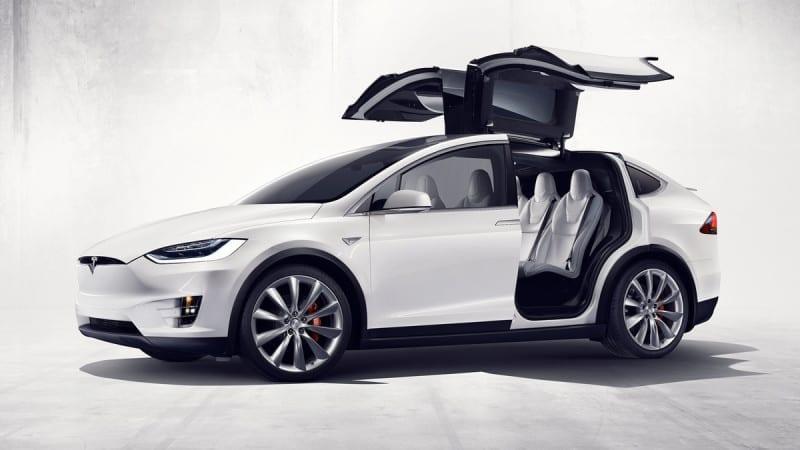 Tesla Model X are un preț de 93.700 de euro