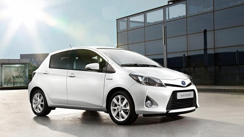 Numărul vehiculelor eco vândute în România în primele luni s-a dublat