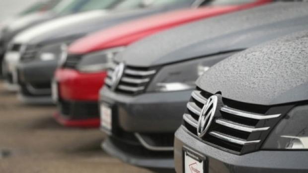 Volkswagen primește o amendă de 5 milioane de euro pentru valori false de emisii