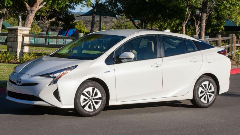 Toyota Prius, promovată în spotul pentru Super Bowl 50