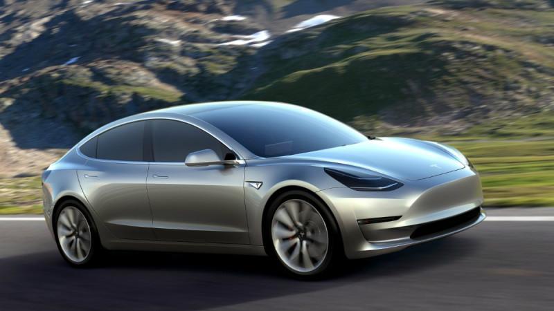 Organizatorii Salonului Auto de la Paris au anunțat pe lista premierelor și noul Model 3. Tesla nu confirmă!