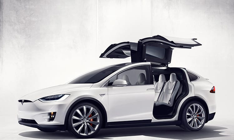 Tesla Motors devine Tesla Inc