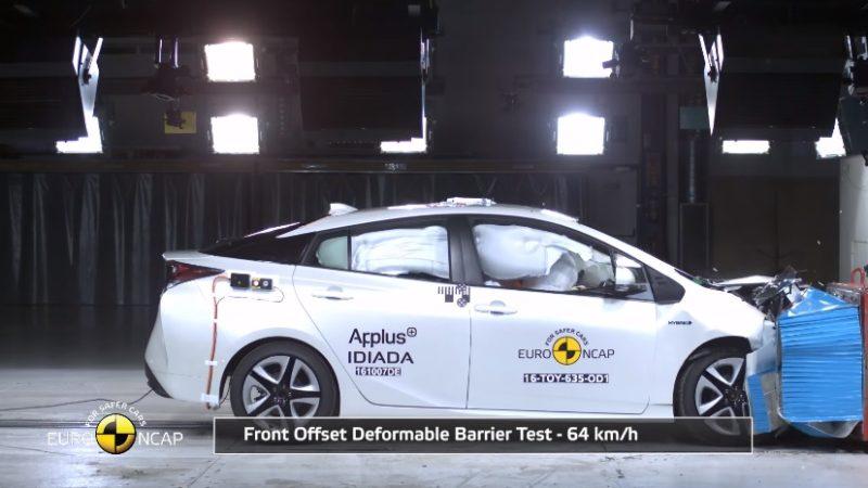 Toyota Prius obține 5 stele la testele EuroNCAP