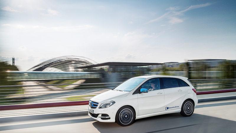 Mercedes-Benz se gândește la o gamă rivală pentru BMW i