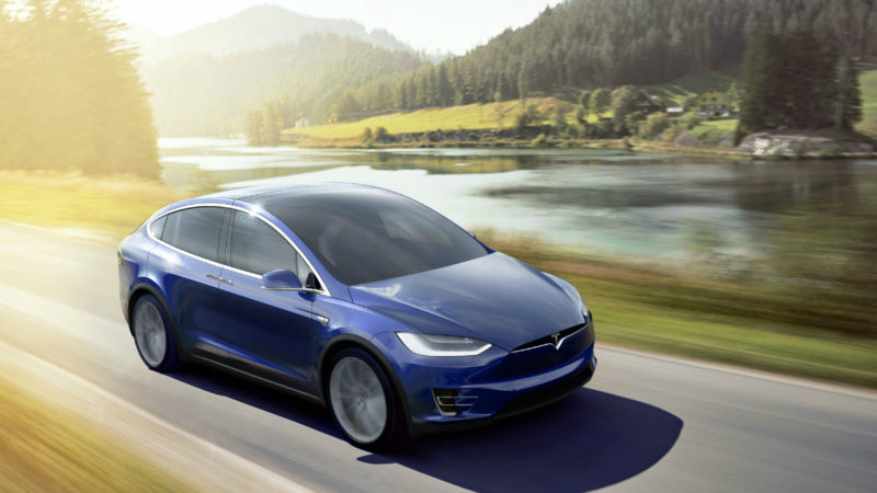 Tesla Model X 60D, noul entry-level