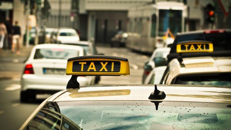 Timișoara este primul oraș din România cu taxiuri electrice