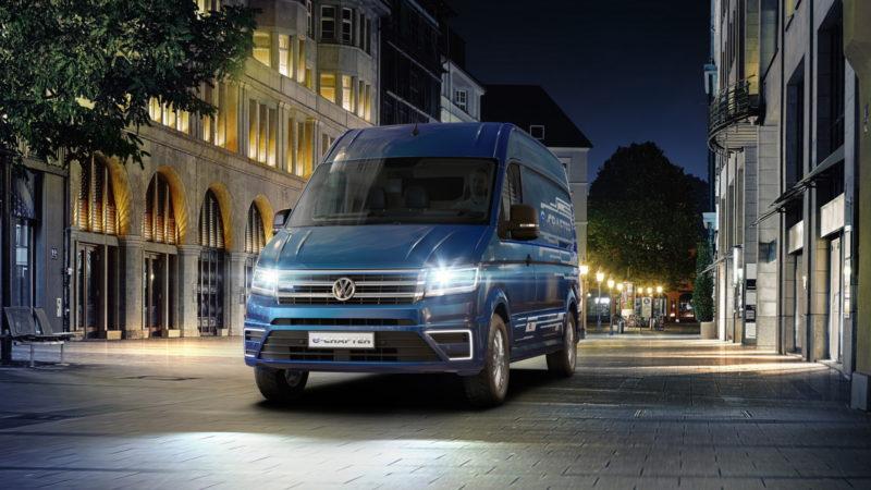 """Volkswagen a lansat """"cărăușul"""" electric. Faceți cunoștință cu noul e-Crafter"""