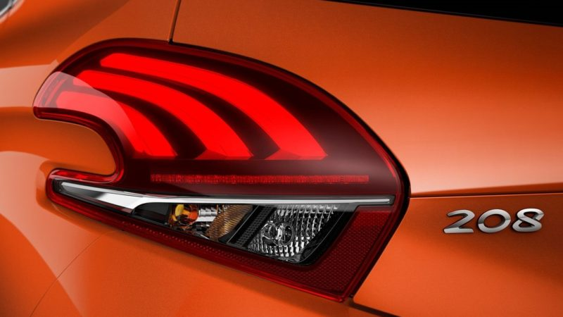 Noua generație Peugeot 208 va avea și o versiune electrică