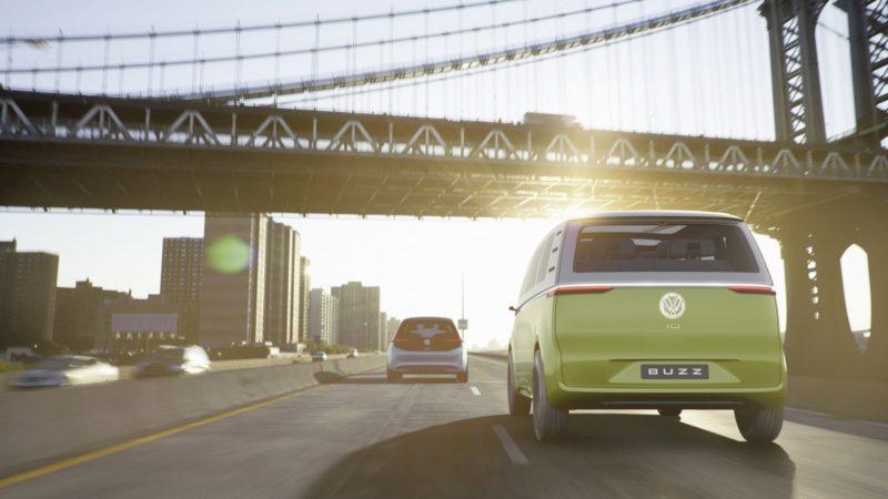 Volkswagen I.D. Buzz Concept – varianta electrică și modernă a clasicului Bus are 600 de kilometri autonomie