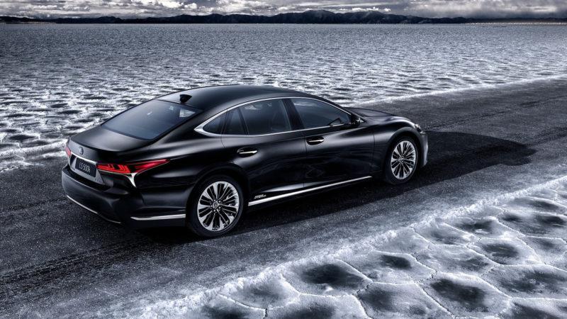 Lexus LS 500h o să fie expus la Geneva