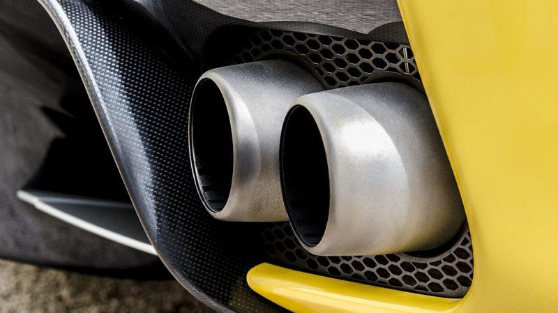 Estimări pentru viitoarea taxă auto – de la 50 la 200 de euro în funcție de vechimea mașinii