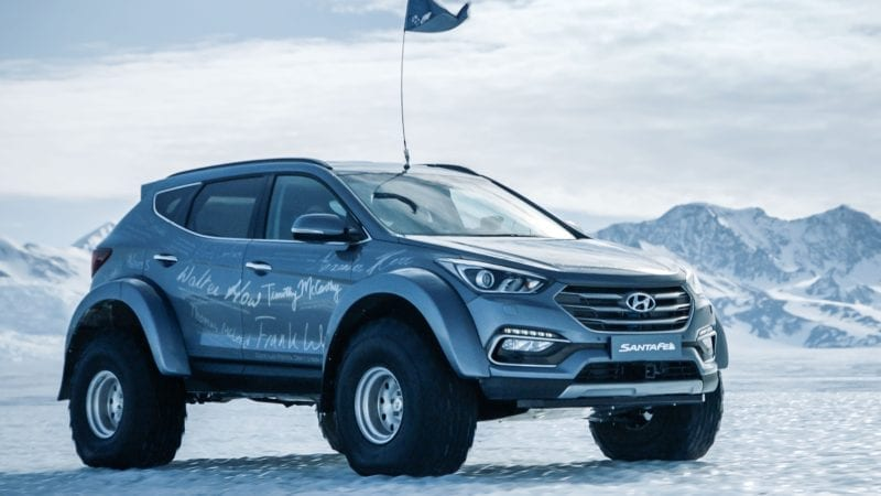 Un exemplar de serie Hyundai Santa Fe a traversat Antarctica. La volan s-a aflat strănepotul exploratorului Ernest Shackleton