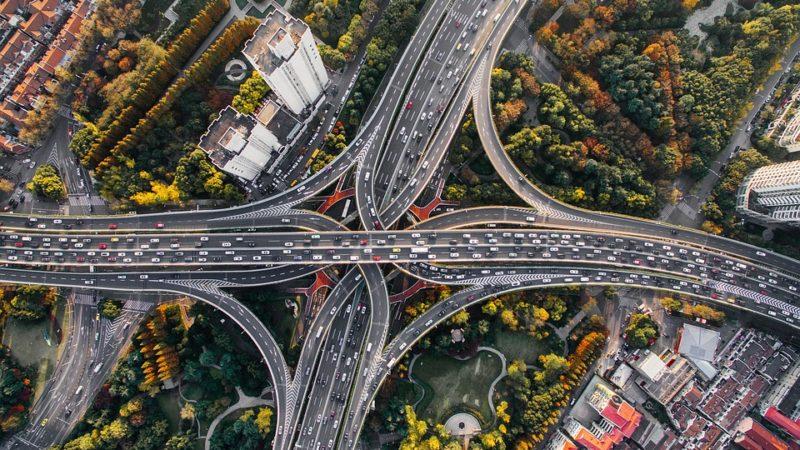 UE vrea un sistem unic de taxare a drumurilor în funcție de norma de poluare