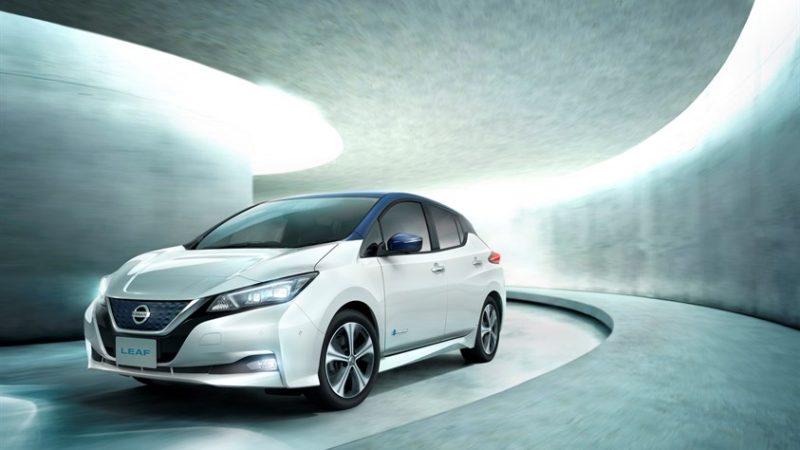 Nissan Leaf începe să simtă succesul în Europa. Noua generație a primit 3.500 de comenzi în doar o lună de la lansare