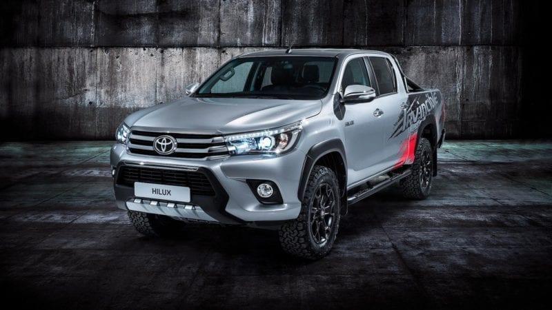 Toyota a lansat la Frankfurt ediția specială Hilux Invincible 50