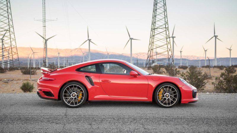 Viitorul Porsche 911 Turbo S ar putea avea un sistem PHEV