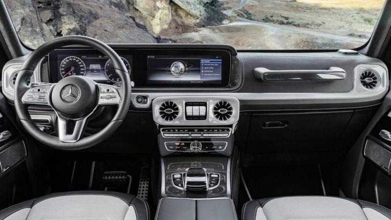 Mercedes-Benz a publicat primele poze cu interiorul noii generații Clasa G