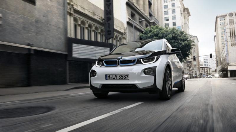 Peste 50% din mașini vândute în Norvegia în 2017 au fost electrice și hibride