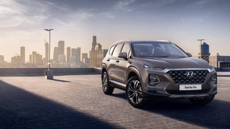Primele poze oficiale cu viitoarea generație Hyundai Santa Fe