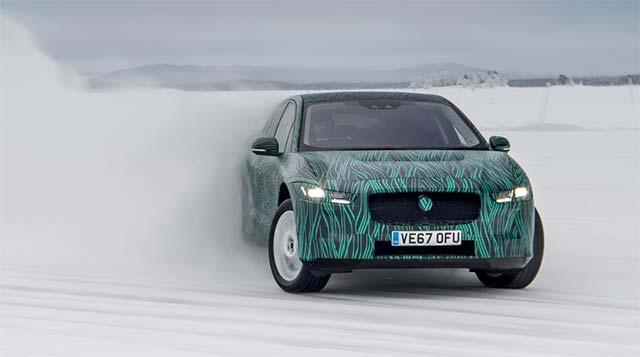 Jaguar I-Pace se va putea încărca de la 0 la 80% în 45 de minute