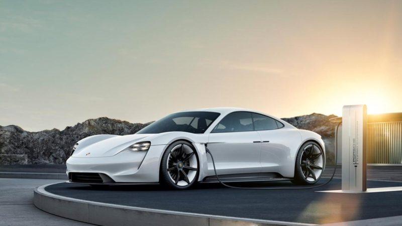 Porsche Taycan, primul model electric al nemților, este disponibil pentru precomandă în Franța