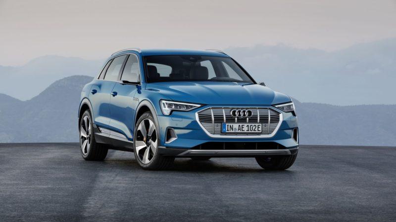 Audi va prezenta conceptul unui SUV mai mic decât e-tron