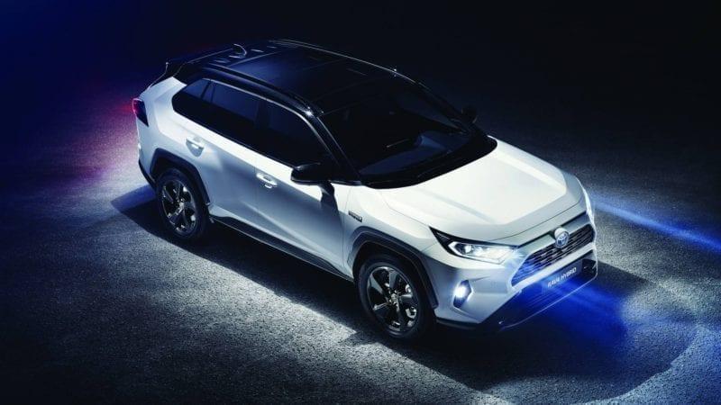 Noua generație Toyota RAV4 a fost prezentată la Paris
