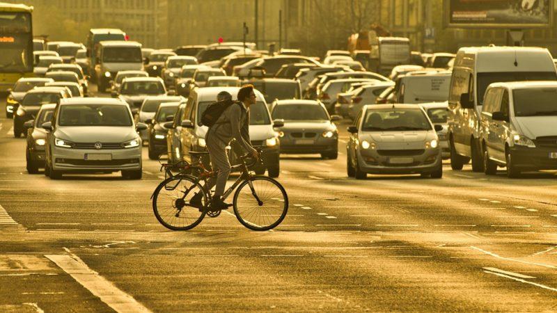 """Informații noi despre viitoarea taxă de poluare – """"proiectul de act normativ ar urma să fie gata în 2 săptămâni"""""""