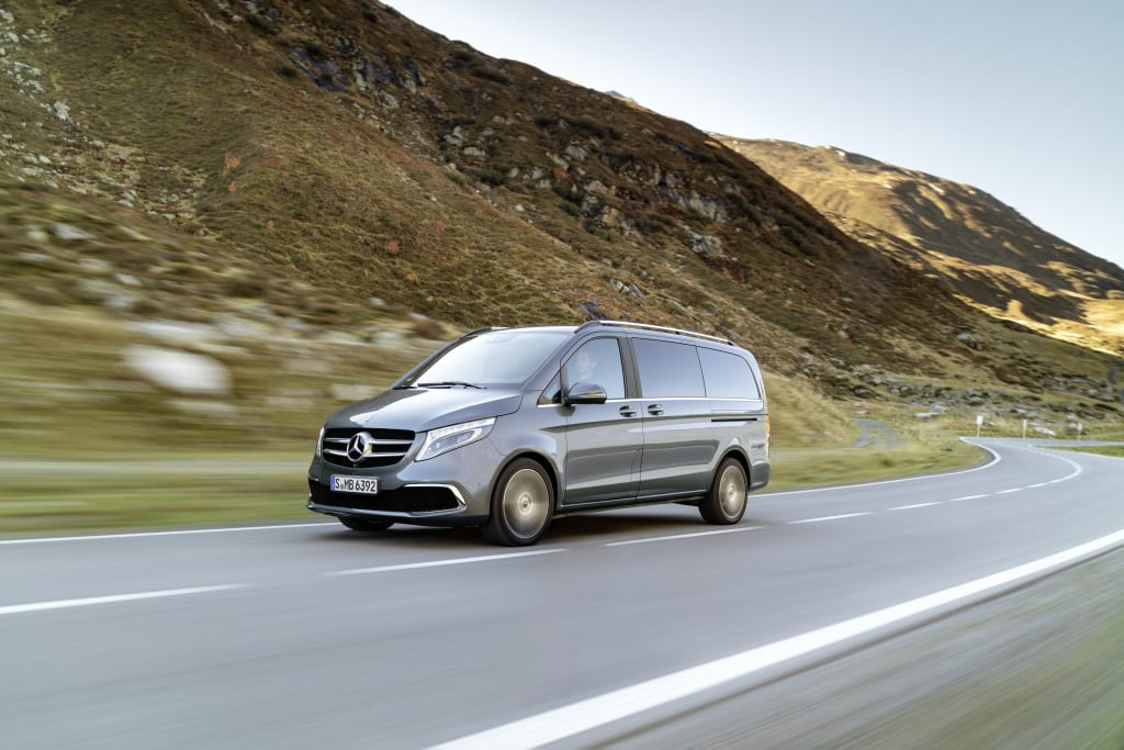 Mercedes-Benz Clasa V este disponibil în România pentru comenzi. Tracțiunea integrală 4Matic este disponibilă opțional