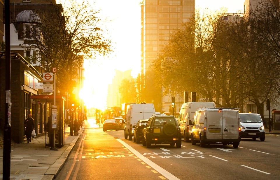 Înmatriculările de mașini noi în UE au scăzut cu peste 3% în primul trimestru