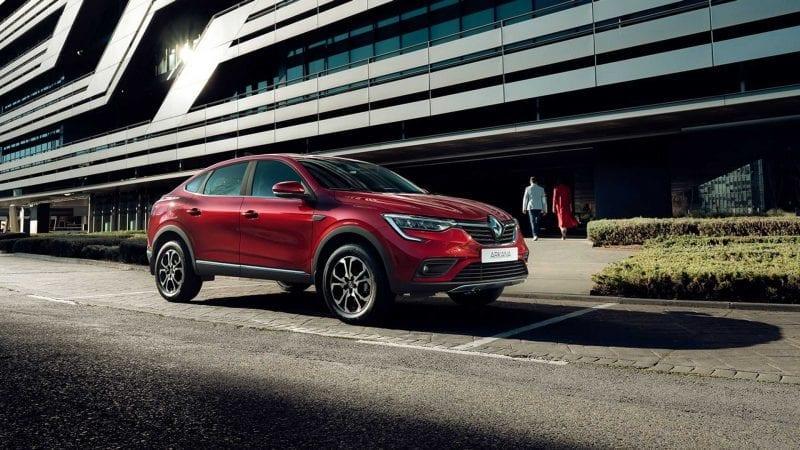 Renault a publicat primele imagini cu versiunea de serie a SUV-ului coupe Arkana