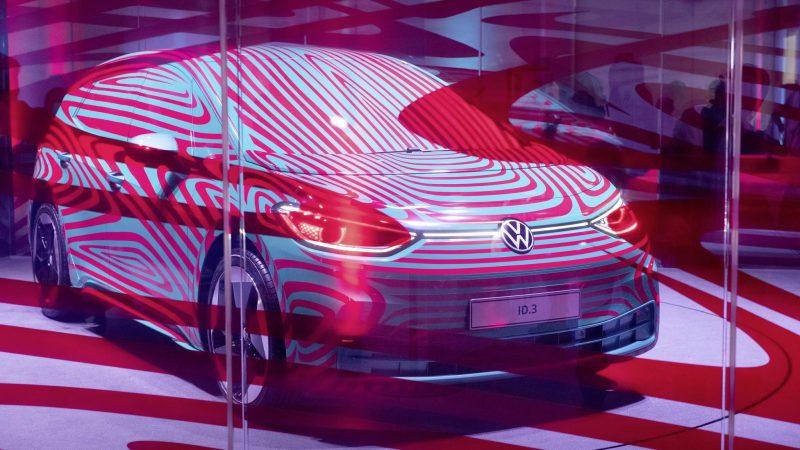 Volkswagen a primit peste 15.000 de pre-comenzi pentru modelul electric ID.3 1st