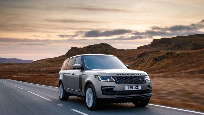 Range Rover poate fi comandat și cu motorul de 3.0 litri benzină de 400 de cai
