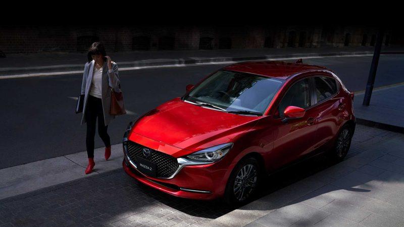 Mazda a pregătit câteva modificări estetice și motorizări mild-hybrid pentru modelul mic Mazda 2