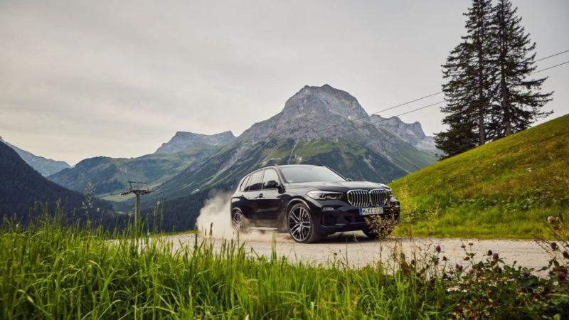 Versiunea PHEV a lui BMW X5 poate fi comandată în România de la 76.933 de euro
