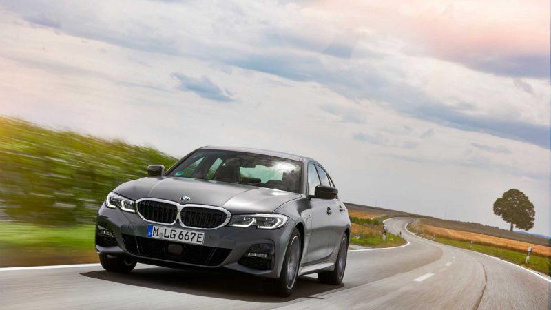 BMW a lansat noul Seria 3 plug-in hybrid