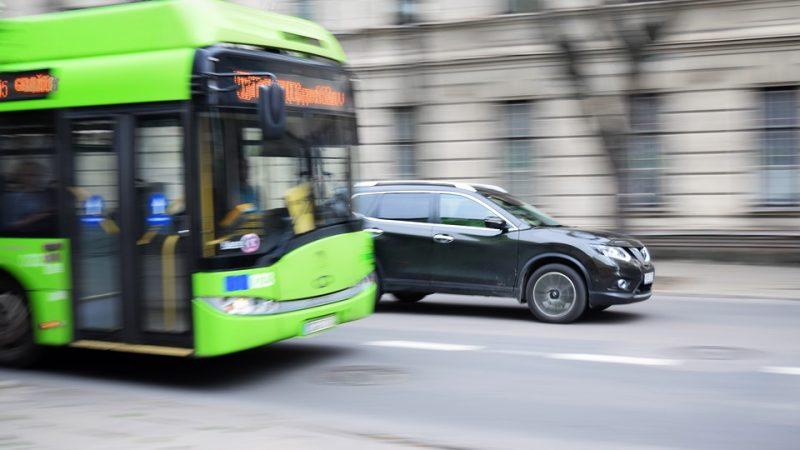 Primarul Capitalei anunță introducerea unei viniete pentru mașinile înmatriculate în afara Bucureștiului