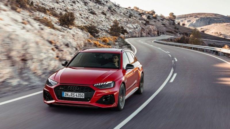 Primele imagini cu Audi RS4 Avant facelift