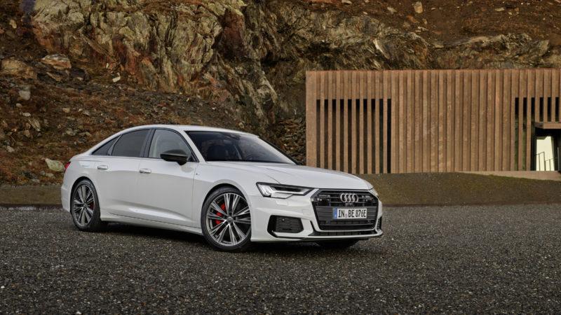 Audi A6 55 TFSI e quattro, plug-in hybrid cu 367 de cai putere