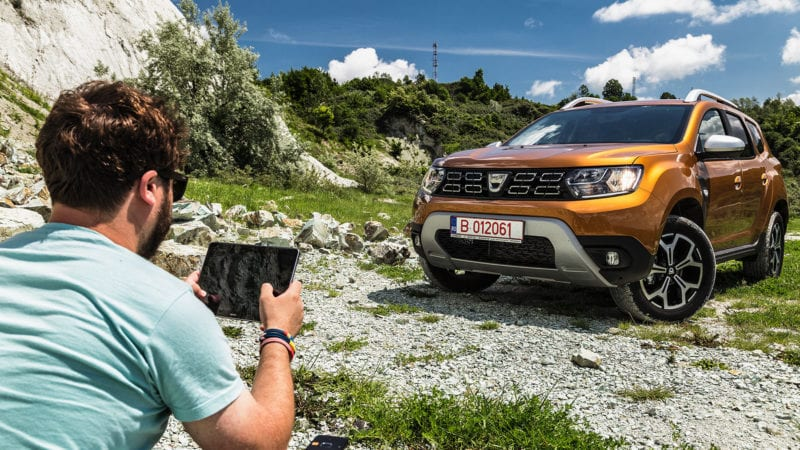 Test cu Dacia Duster connected by Orange – Funky 4G