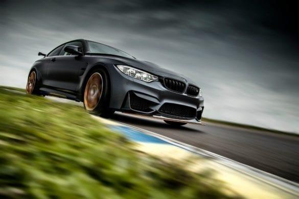Test BMW M4 GTS: Spectacol cu casa închisă