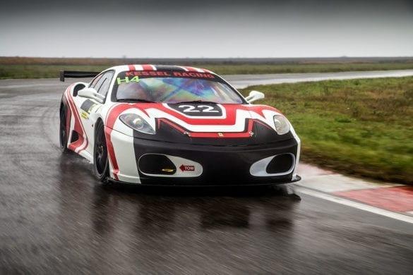 Test Ferrari F430: Cea mai frumoasă ploaie!