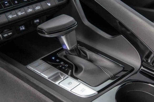 Hyundai Elantra: versiunea de State CN7