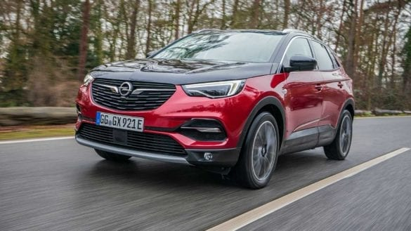 Test Opel Grandland X PHEV în revista 4x4Wheels
