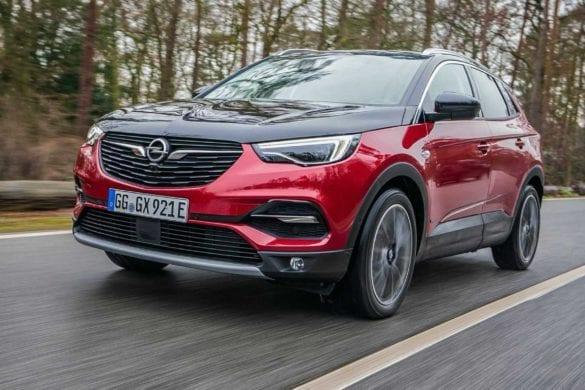 Test Opel Grandland X PHEV în revista 4x4Wheels