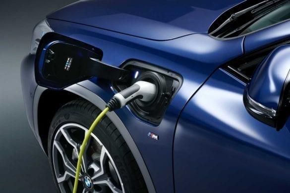 BMW X2 hibrid plug-in xDrive25e